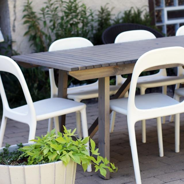 Brilliant Garden Dining Tables 8 Seater Set With Cushions Out And In Garden Dining Tables And Chairs (Image 5 of 20)