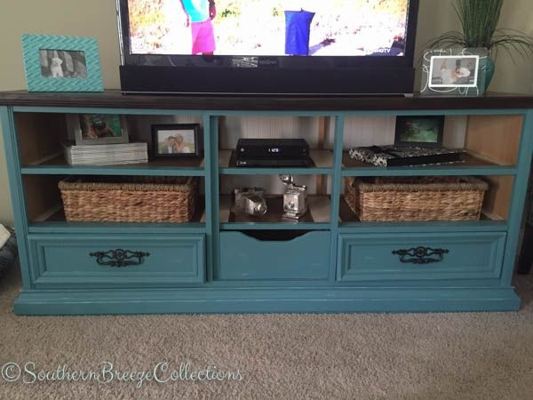 Brilliant Latest Dresser And TV Stands Combination Pertaining To Best 25 Dresser Tv Ideas On Pinterest Dresser Tv Stand Painted (View 21 of 50)