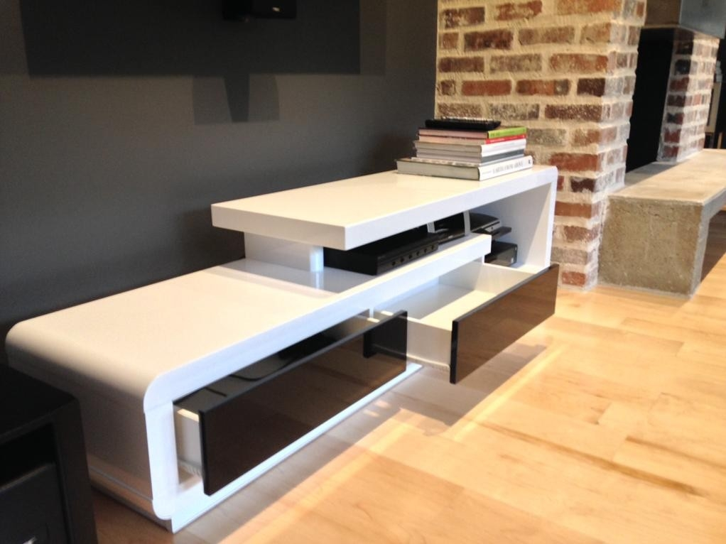 Brilliant Latest Modern White Lacquer TV Stands In D3033 Modern White Lacquer Tv Stand (Image 6 of 50)