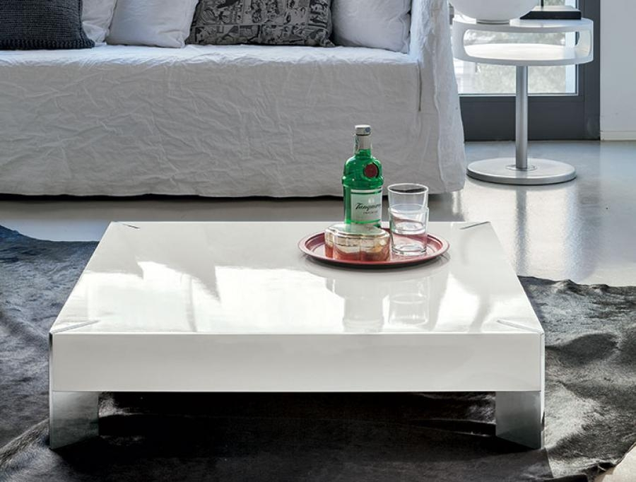 Brilliant Latest Square White Coffee Tables Pertaining To Modern White Square Coffee Table Table And Estate (View 9 of 50)