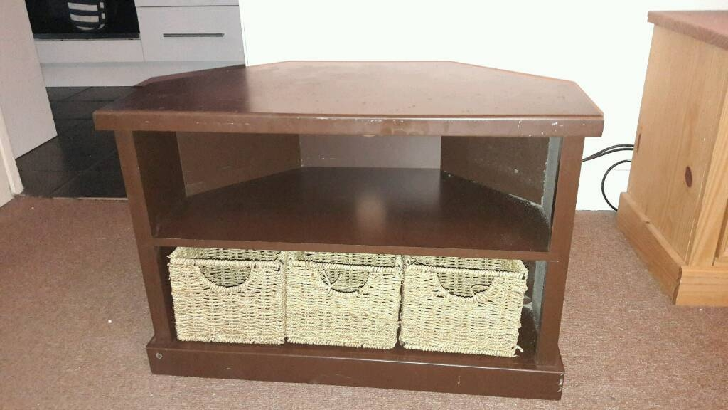 Brilliant Premium Mahogany Corner TV Cabinets For Mahogany Corner Tv Cabinet In Heathrow London Gumtree (View 32 of 50)