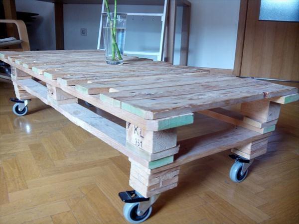 Brilliant Unique Rustic Storage DIY Coffee Tables Regarding Rustic Storage Coffee Table (Image 14 of 50)