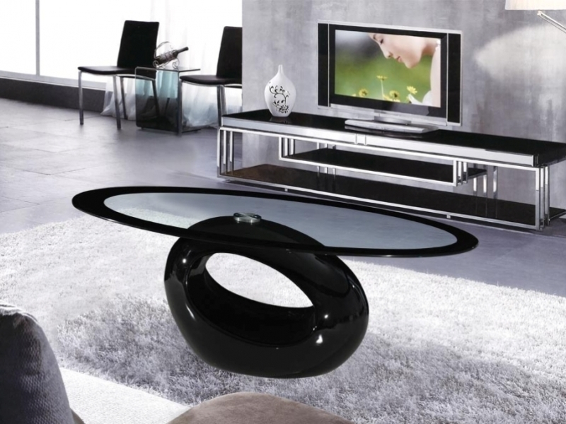 Brilliant Wellliked Dark Glass Coffee Tables Within Cairo Oval Black High Gloss Clear Glass Coffee Table Homegenies (Image 17 of 50)