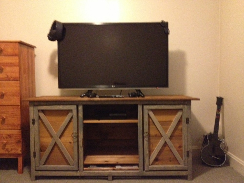Brilliant Widely Used Rustic TV Stands For Sale With Rustic Tv Stands For Sale Home Design Ideas (Image 10 of 50)