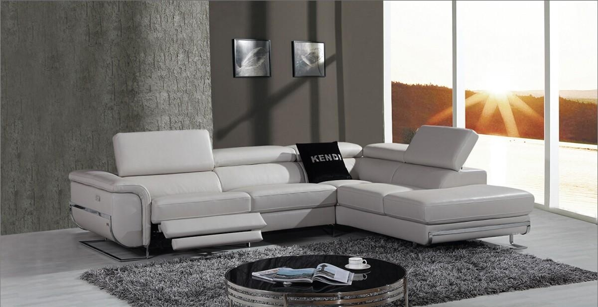 Casa E9054 Modern Grey Leather Sectional Sofa W/ Recliner Throughout Leather Modern Sectional Sofas (View 15 of 20)