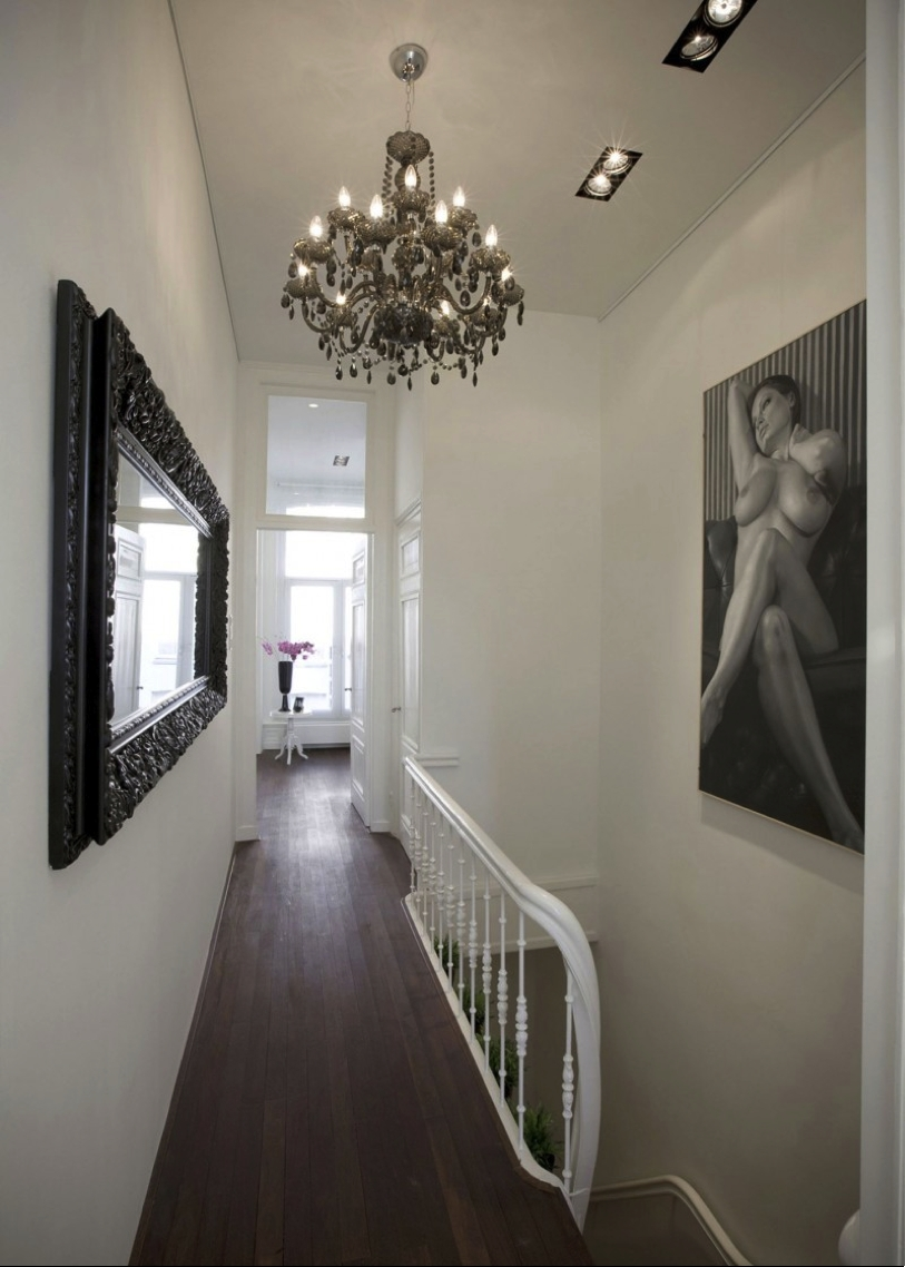 Featured Image of Hallway Chandeliers