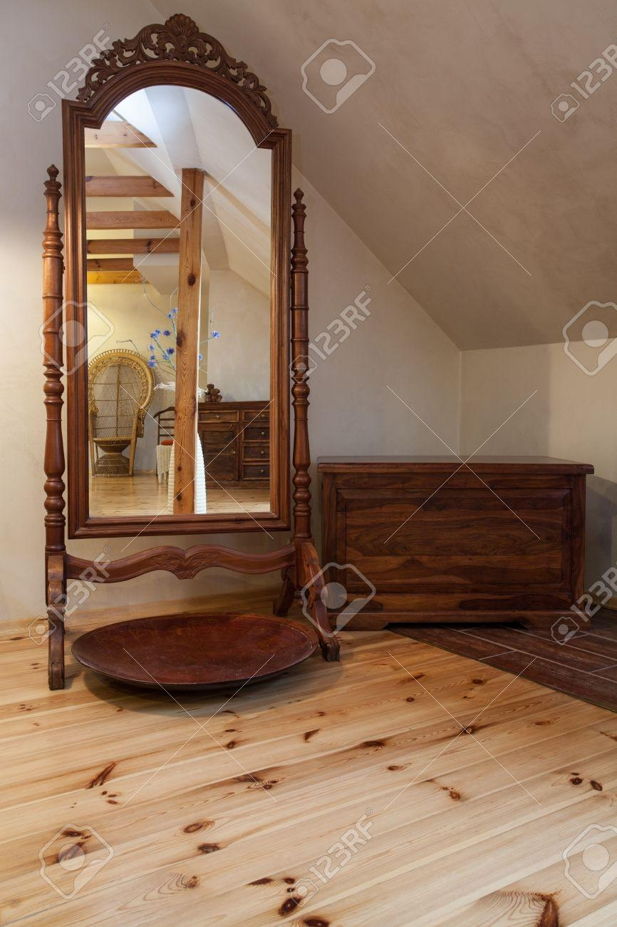 Cloudy Home – Huge Standing Mirror In Old Fashioned Home Stock With Huge Standing Mirror (Image 8 of 20)