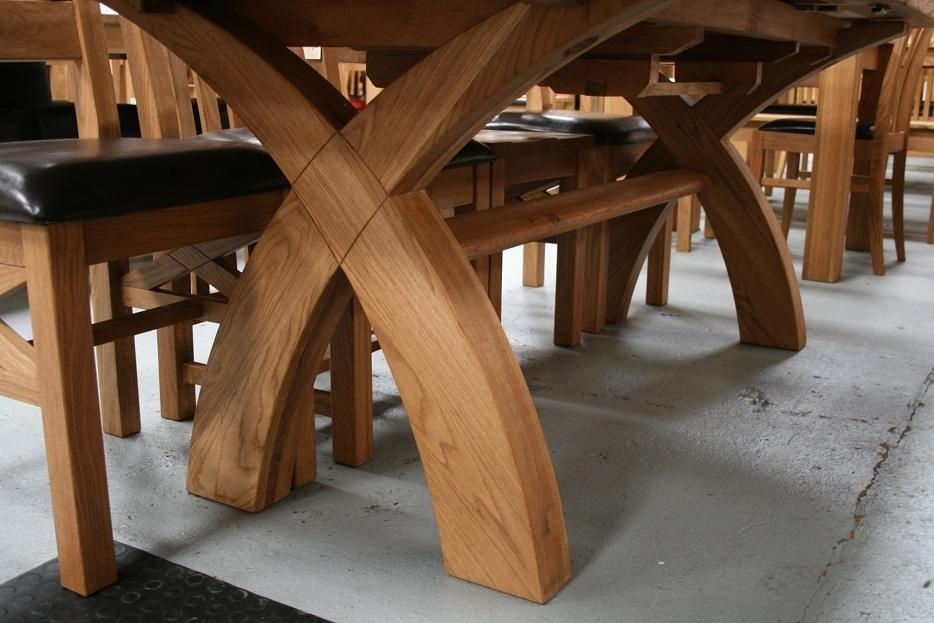 Country Oak Furniture | Rustic Oak Dining Table Furniture – Oak Within Dining Tables With Large Legs (View 20 of 20)