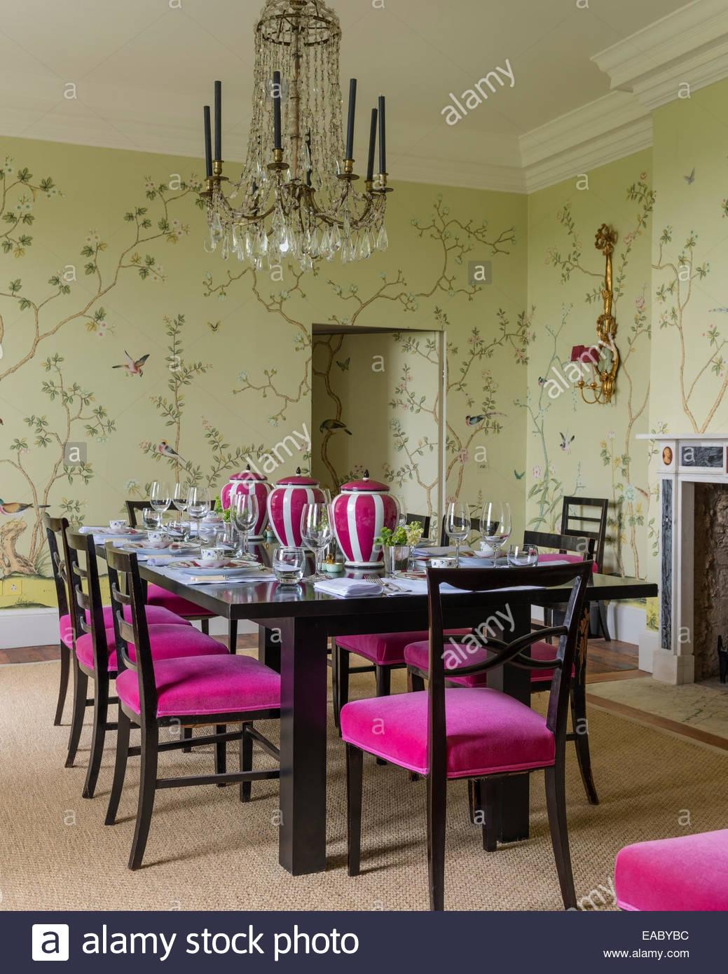 De Gournay Chinoiserie Wallpaper In Dining Room With French Pertaining To Chinoiserie Chandeliers (Image 5 of 25)