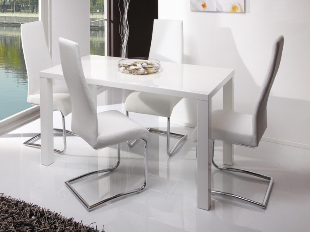 Delightful White Dining Tables And Chairs Alluring Gloss Table 6 For Gloss White Dining Tables (Image 5 of 20)