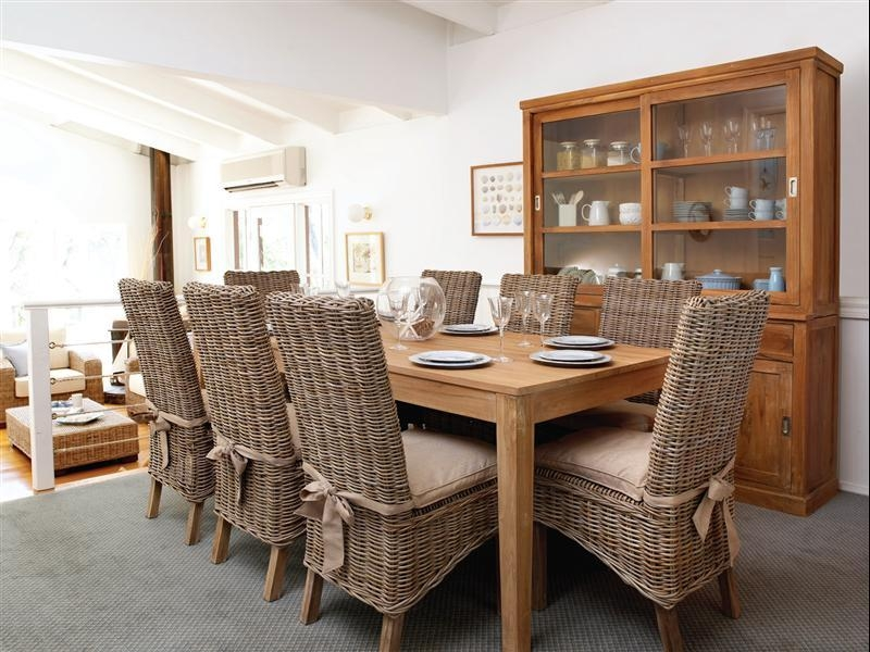 Emejing Wicker Dining Room Chairs Gallery – House Design Interior In Rattan Dining Tables And Chairs (Image 9 of 20)
