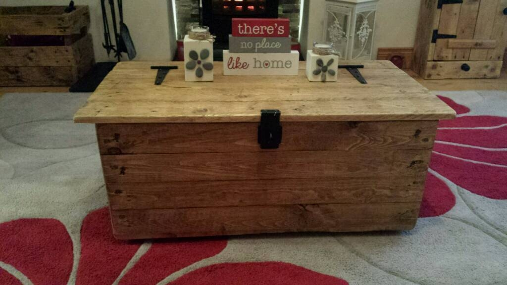 Excellent Deluxe Blanket Box Coffee Tables With Regard To Rustic Reclaimed Pallet Wooden Trunk Chest Coffee Table Blanket (Image 14 of 50)