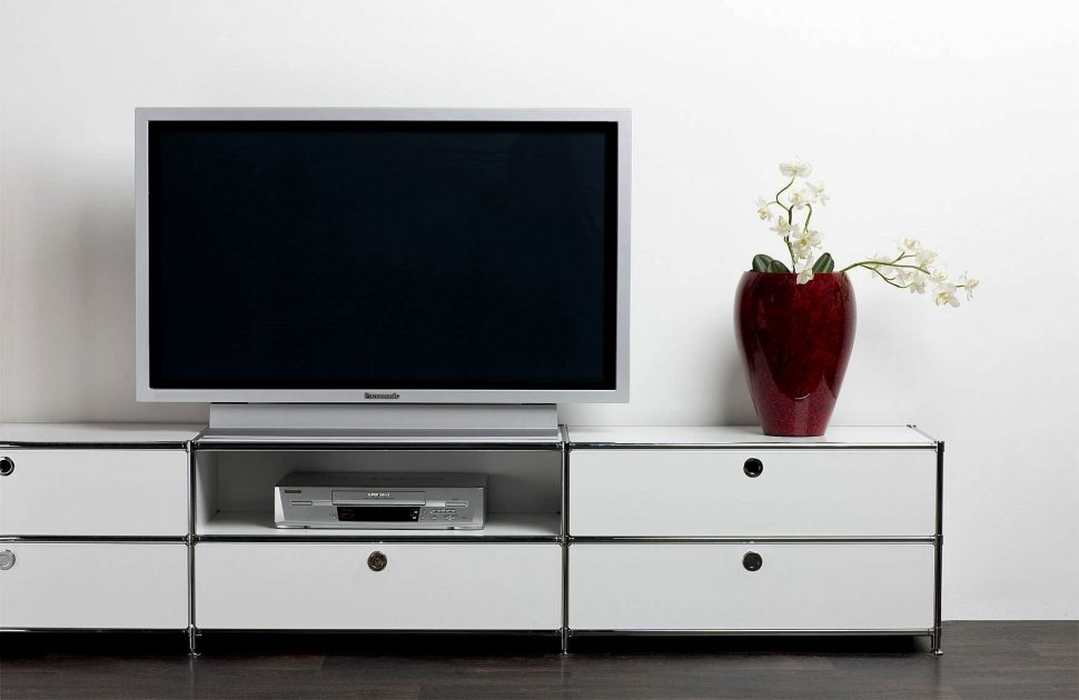 Excellent Fashionable Long Low TV Stands Throughout Bedroom Furniture Low Profile Tv Stand Tv Cabinet With Doors (Image 13 of 50)