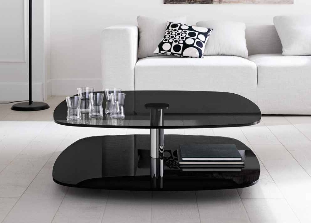 Excellent Variety Of Retro Glitz Glass Coffee Tables In Glass Table For Living Room Living Room Decorating With Glass Top (Image 16 of 50)