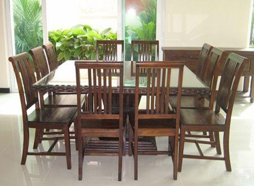 Exellent Dining Room Table Seats 10 Chairs Contemporary Circular Inside Dining Table And 10 Chairs (View 6 of 20)