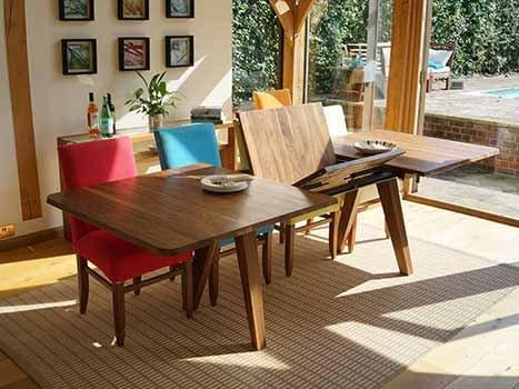 Extending Dining Tables In Solid Oak And Walnut For Extendable Dining Tables (View 8 of 20)
