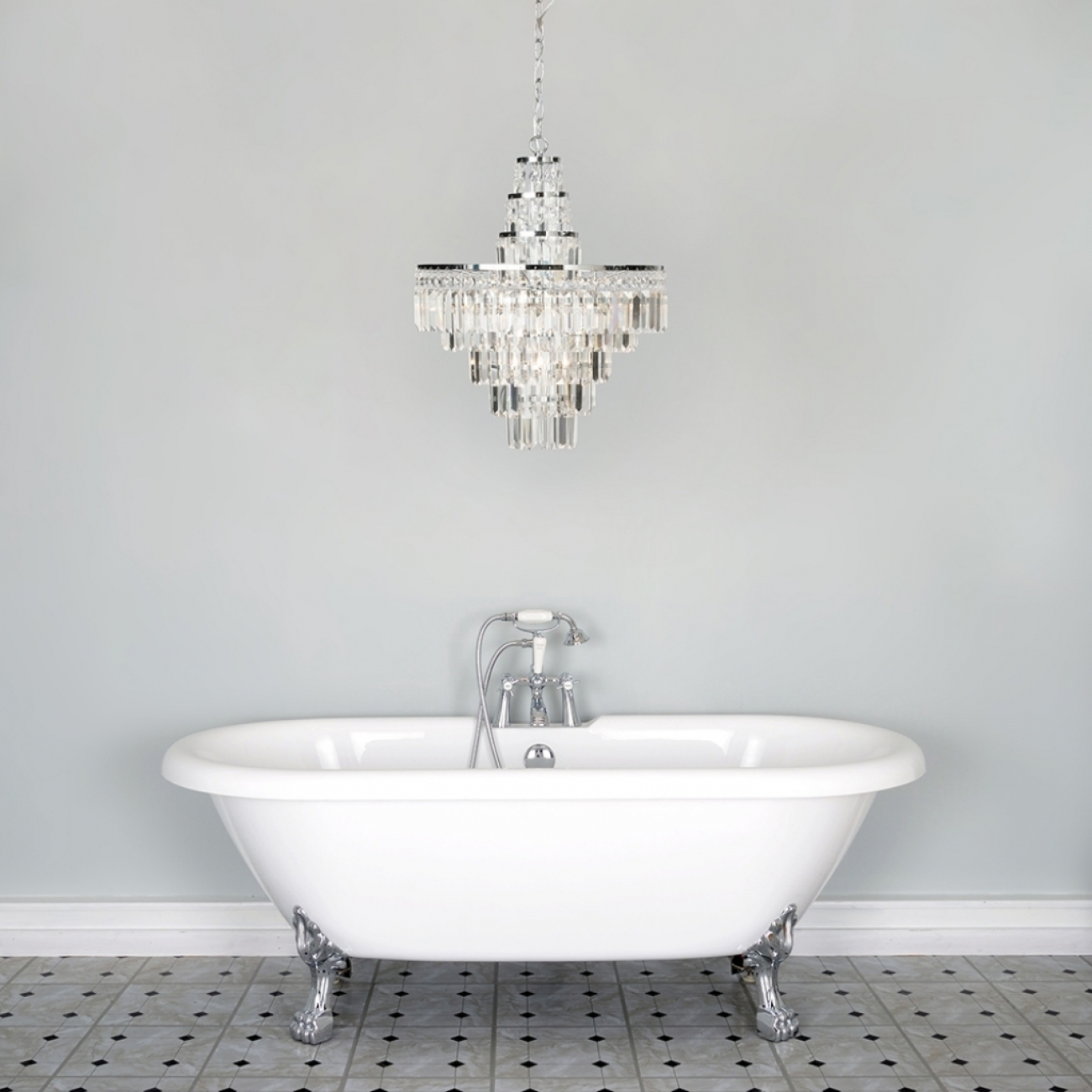 Fabulous Bathroom Chandelier Lighting With Regard To Modern Bathroom Chandelier Lighting (Image 15 of 25)