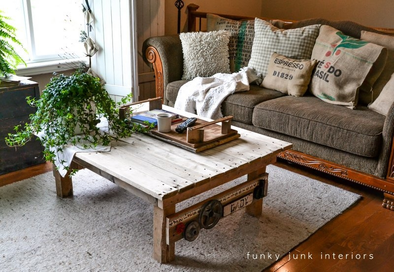 Fantastic Favorite Quirky Coffee Tables Throughout My New Junk Styled Pallet Wood Coffee Table Funky Junk (View 43 of 50)
