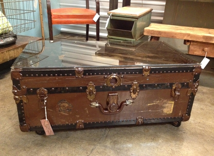 Fantastic New Trunk Coffee Tables In Wooden Trunk Coffee Table Jerichomafjarproject (View 13 of 50)
