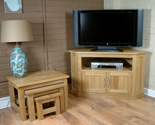 Fantastic Popular Contemporary Oak TV Cabinets In Oak Contemporary Solid Oak Widescreen Corner Tv Cabinet (Image 18 of 50)
