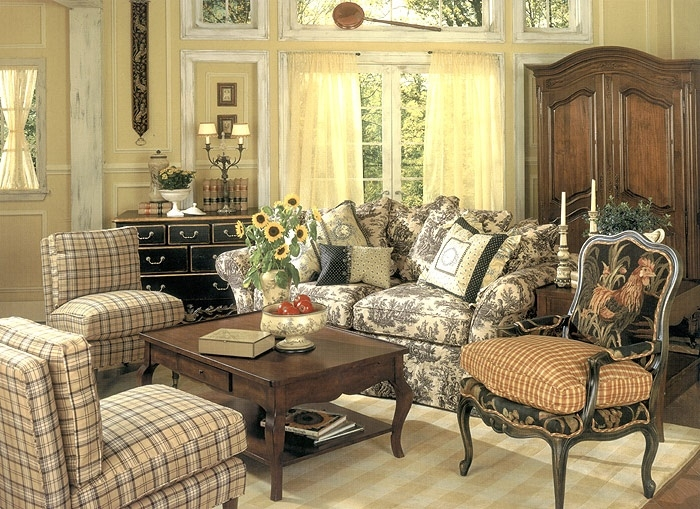 Fantastic Premium Country French Coffee Tables Inside Best 25 French Country Coffee Table Ideas Only On Pinterest (Image 19 of 50)