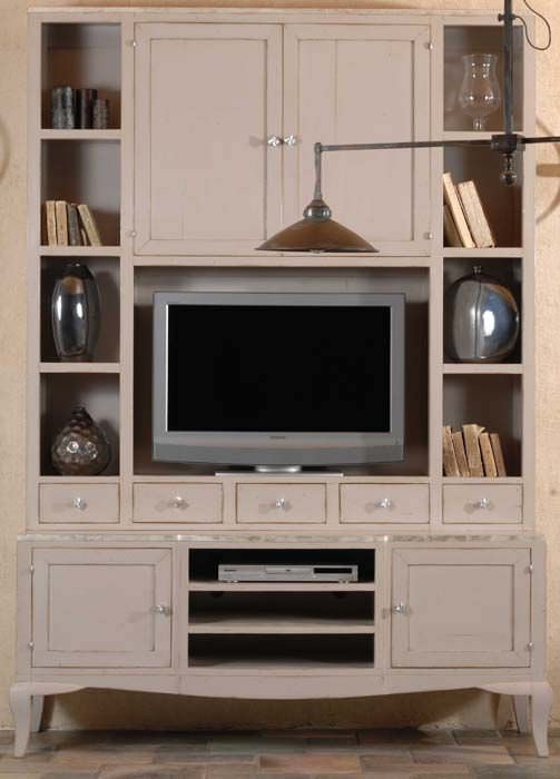 Featured Image of Traditional TV Cabinets