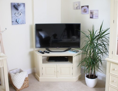 Fantastic Top Cream TV Cabinets Within White Cream Television Units Modern Cream White Furniture (Image 18 of 50)
