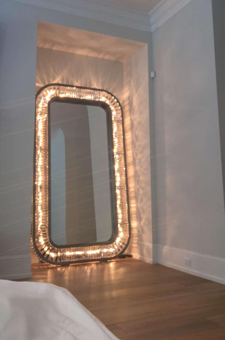 Full Length Mirror With Lights 14 Beautiful Decoration Also With Full Length Large Mirror (Image 12 of 20)