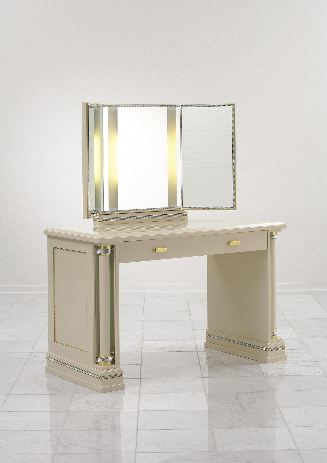 Furniture With Swarovski Crystals – Piato | Finkeldei With Regard To Illuminated Dressing Table Mirror (View 3 of 20)