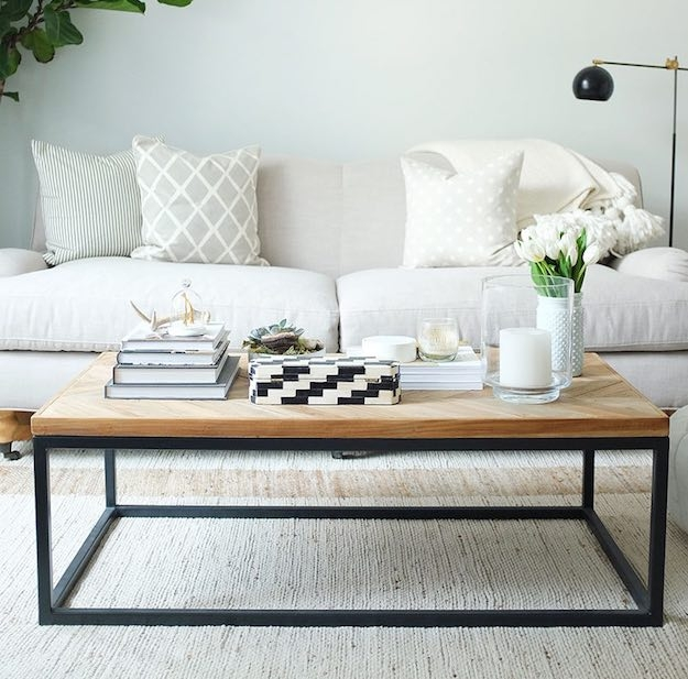 Great Best Narrow Coffee Tables Regarding 15 Narrow Coffee Table Ideas For Small Spaces Living Room Ideas (View 10 of 50)