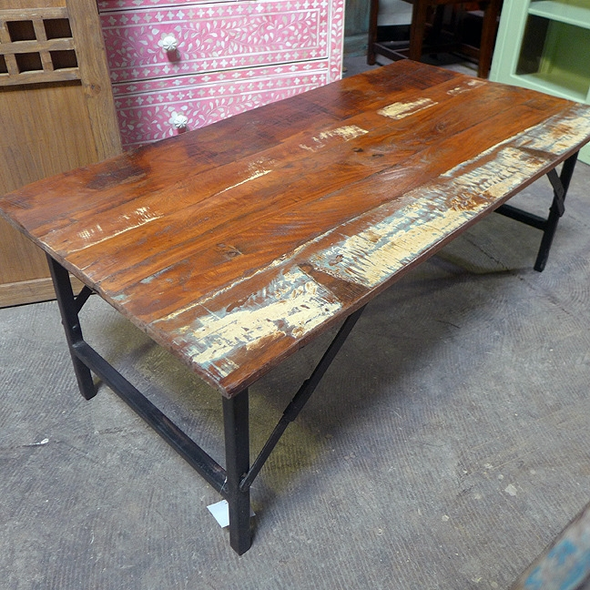 Great Common Reclaimed Wood Coffee Tables In Reclaimed Wood Coffee Table Nadeau Dallas (View 48 of 50)