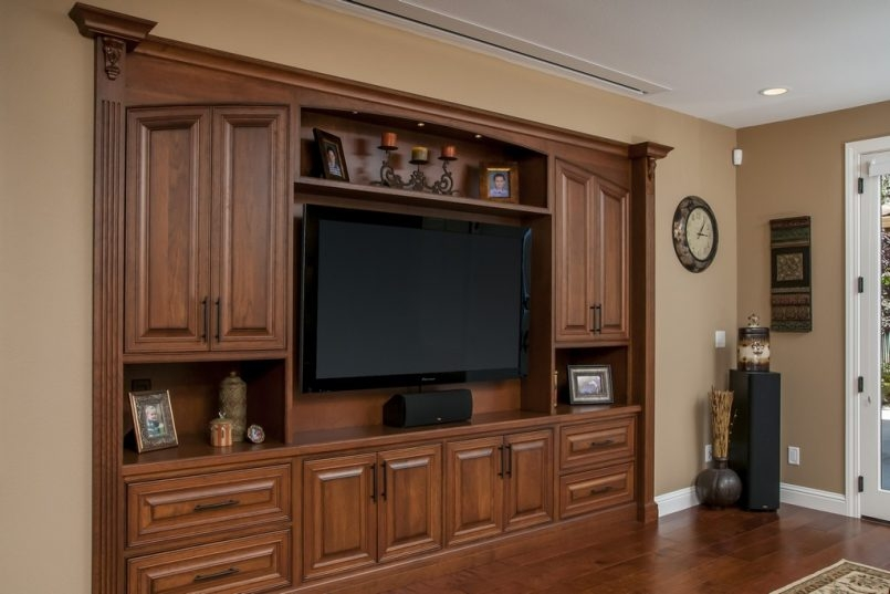 Great New Long Oak TV Stands Intended For Long Oak Tv Stand (Image 22 of 50)