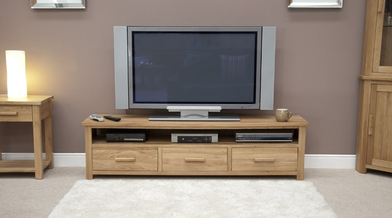 Great New Long Oak TV Stands Intended For Tv Stands Interesting Solid Oak Tv Stand 2017 Design (Image 23 of 50)