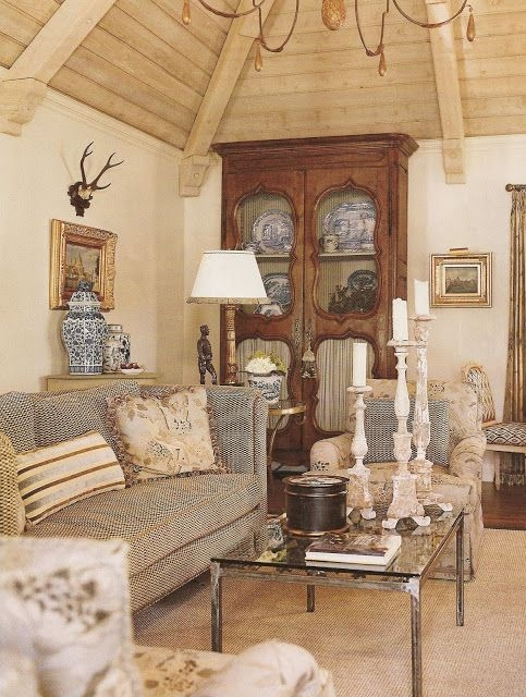 Great Series Of Country French Coffee Tables Intended For Best 25 French Country Coffee Table Ideas Only On Pinterest (Image 25 of 50)