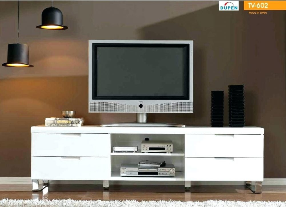 Great Series Of Silver Corner TV Stands For Modern Corner Tv Stands Flideco (Image 31 of 50)