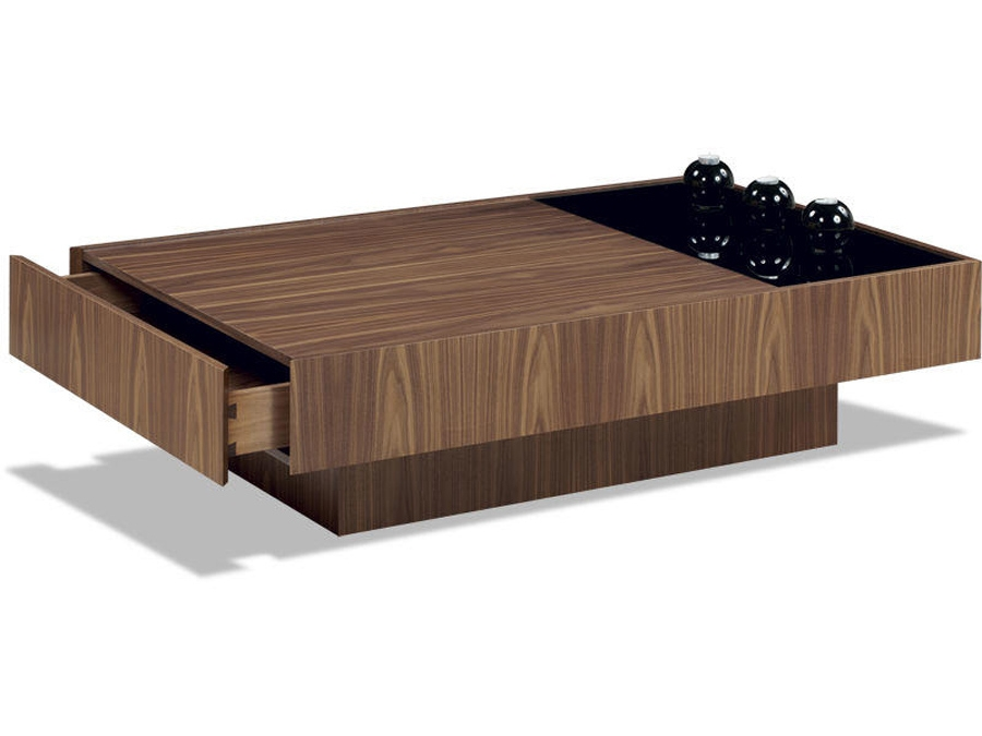 Great Variety Of Coffee Tables With Oval Shape Intended For Modern Coffee Table With Oval Shapes (Image 19 of 50)