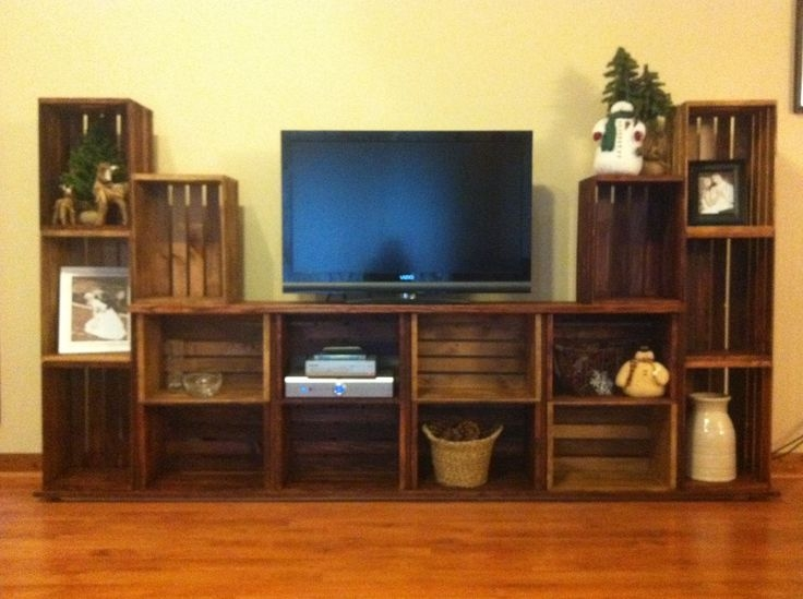 Great Variety Of TV Stands And Computer Desk Combo Inside Best 25 Pallet Tv Stands Ideas Only On Pinterest Rustic Tv (View 38 of 50)