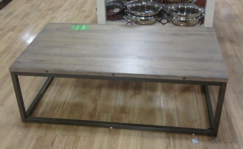 Great Wellknown Reclaimed Wood Coffee Tables Pertaining To Reclaimed Coffee Table Stores Michigan (View 33 of 50)
