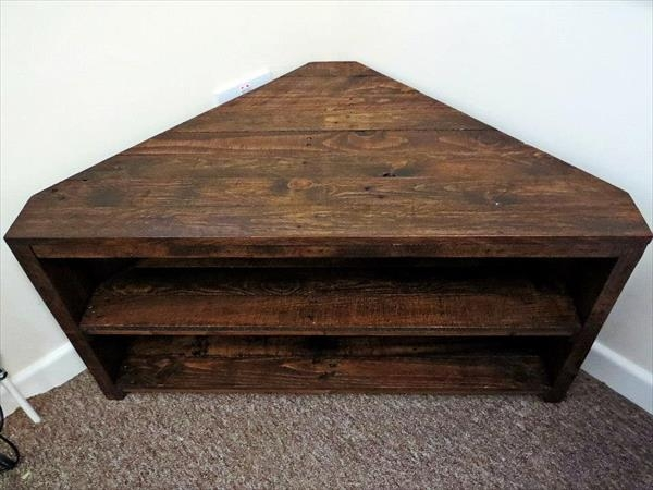 Great Well Known Triangular TV Stands Intended For Handmade Pallet Sectional Tv Stand Pallet Furniture Plans (Image 22 of 50)