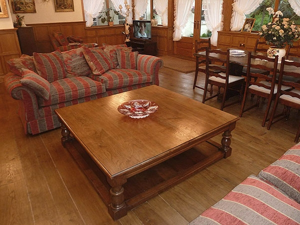 Great Wellliked Very Large Coffee Tables In Large Square Oak Pot Board Coffee Table In Panelled Room (View 12 of 50)