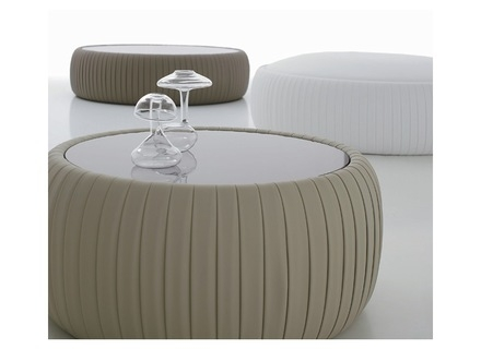 Great Widely Used Round Storage Coffee Tables Within Round Coffee Table With Storage Jerichomafjarproject (View 38 of 50)