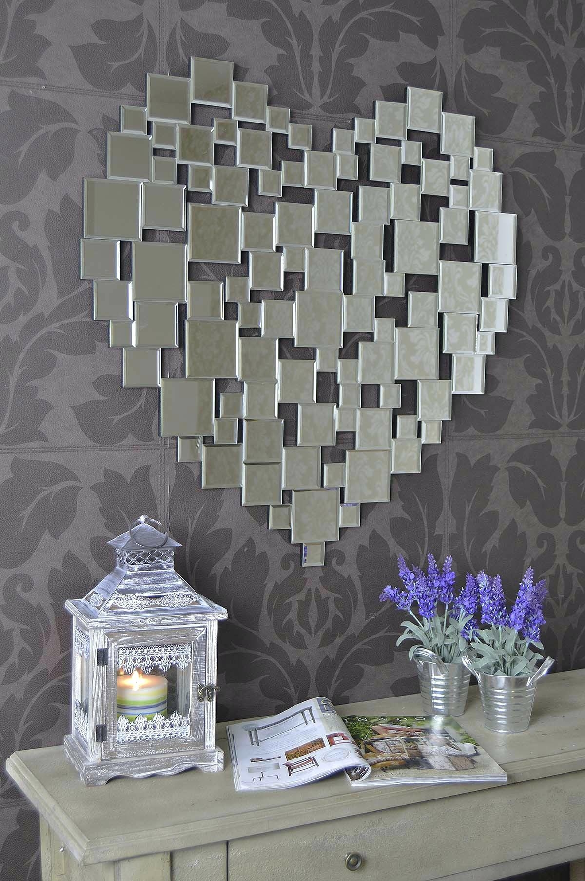 Heart Shape Venetian Wall Mirror 2Ft8 80Cm Lightbox Moreviewlarge For Heart Shaped Mirrors For Walls (Image 5 of 20)