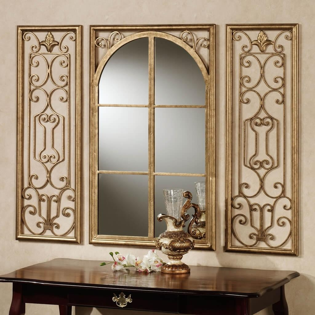 Home Decoration: Classic Style Framed Wall Mirrors With Vintage Pertaining To Oval Shaped Wall Mirrors (Image 9 of 20)