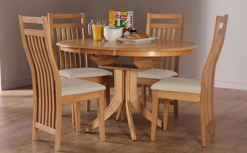 Hudson Round Dining Table In Oak Dining Tables And 4 Chairs (View 5 of 20)