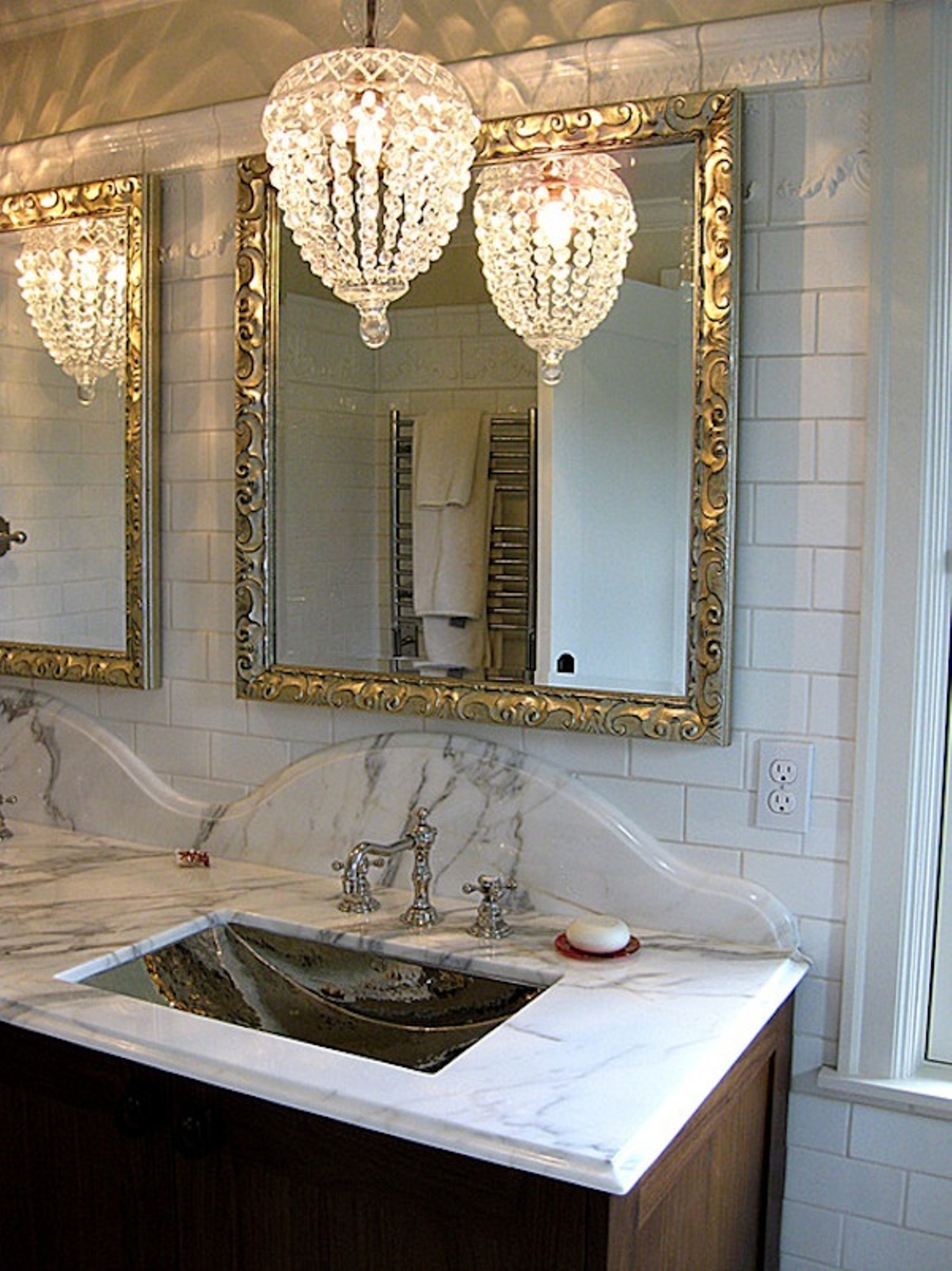 Ideas Of Bathroom Chandelier Lighting Interiordesignew Within Bathroom Chandelier Lighting (Image 14 of 25)