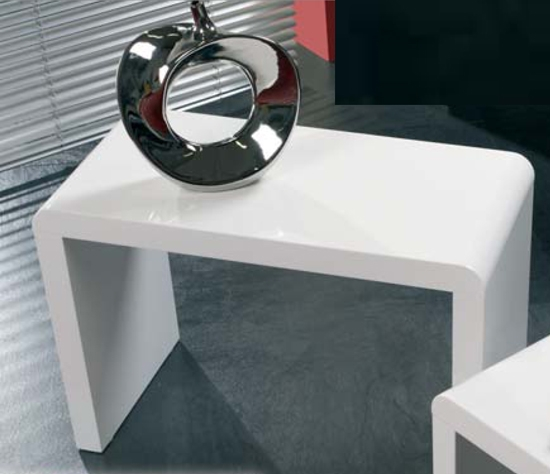 Impressive Famous High Gloss Coffee Tables Inside White High Gloss Sidecoffee Table 8737 Furniture In (Image 24 of 40)