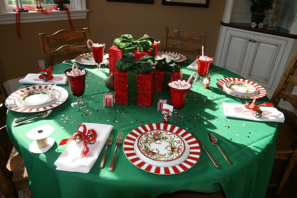 Impressive Famous Rustic Christmas Coffee Table Decors Pertaining To Stunning Christmas Table Decorations Decorating Ideas Images In (Image 30 of 50)