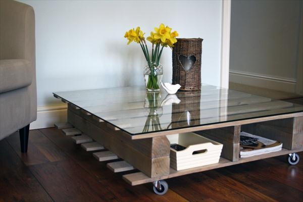 Impressive Fashionable Coffee Tables With Magazine Storage Pertaining To Diy Reclaimed Pallet Coffee Table With Storage 101 Pallets (Image 24 of 50)