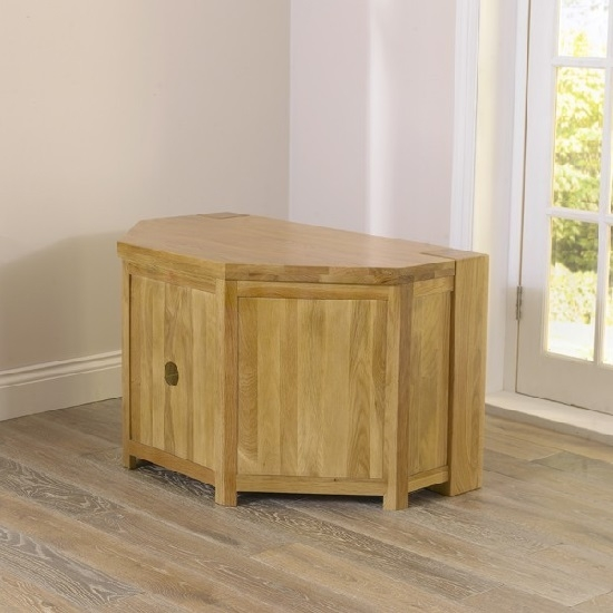 Impressive Fashionable Solid Oak Corner TV Cabinets Within Carnell Wooden Corner Tv Stand In Solid Oak With Glass (View 40 of 50)