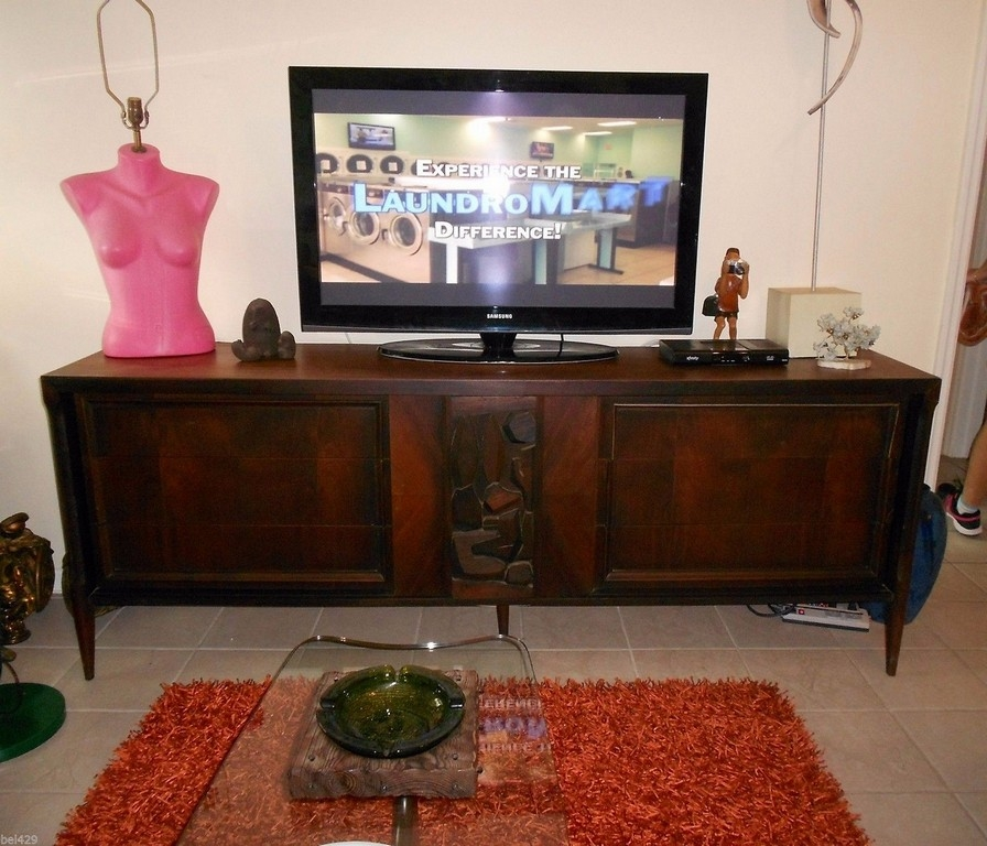 Impressive Preferred Dark Wood Corner TV Cabinets In Dark Wood Corner Tv Stand (Image 24 of 50)